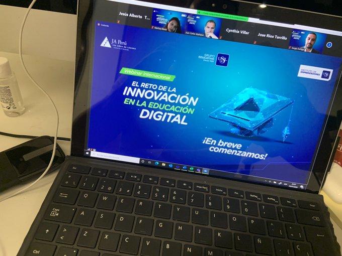 Crambo participa en el webinar de educación digital organizado por USIL